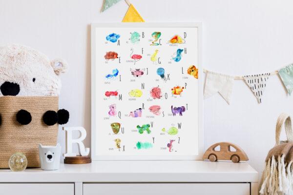 Alfabetposter op de kinderkamer